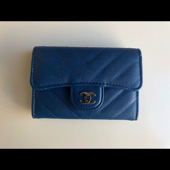 0719e5965b7c CHANEL Handbags - Chanel Blue Caviar Chevron Snap Card Holder